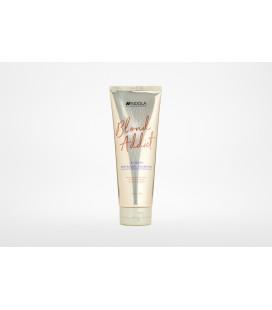 Шампунь для холодных оттенков блонд Indola Blond Addict InstaCool Shampoo 250 мл
